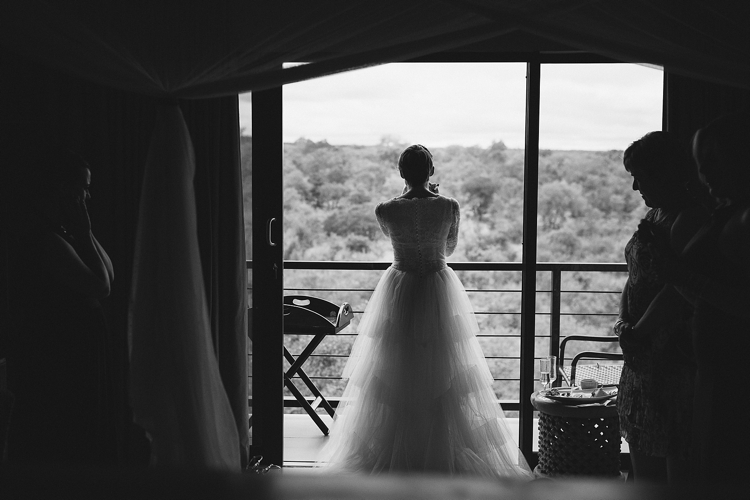 welovepictures_Zimbabwe Victoria Falls wedding_035