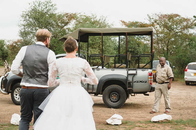 welovepictures_Zimbabwe Victoria Falls wedding_096